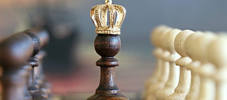Schachfigur mit Krone